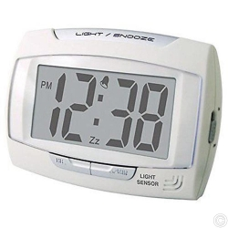 LIGHT SENSOR LCD ALARM CLOCK